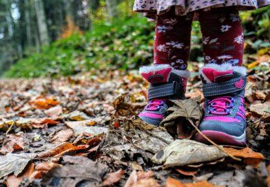 Ciepłe buty dla dziecka - czym kierować się przy zakupie?